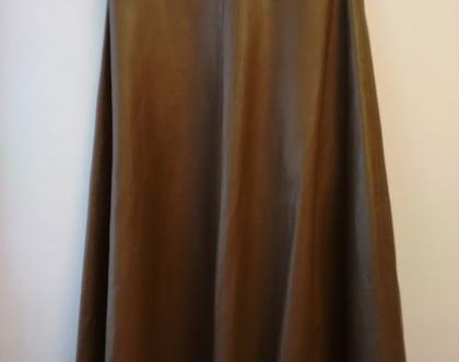 חצאית עור סיקסטיז ירוק חאקי | חצאית עור משנות ה60' | חצאית עור גיזרת פעמון מידה S