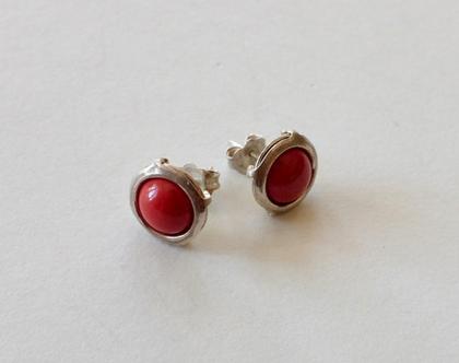 עגילי כסף צמודים עם קורל אדום, עגילים עם אבן אדומה, עגילים בעבודת יד