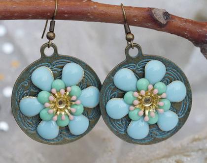 עגילים עם פרחים, עגילים טורקיז, עגילים עגולים גדולים, עגילים מיוחדים ומעוצבים לאישה, עגילים כחול ירוק, עגילים אתניים תלויים, עגילי מטבעות