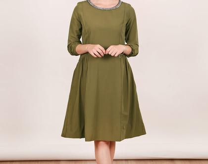 שמלת שרשרת חאקי