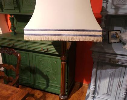 מנורת רצפה מרשימה עתיקה