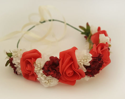 זר לראש   משי   פרחים   עיטור ראש   כתר   חגיגה יום הולדת   יומולדת   גוון אדום לבן בורדו  מלאכותי   זר ראש   שושבינה   מסיבת רווקות   בוק  