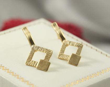 עגילי כפתור מזהב 21k | עגילי 21k מיוחדים | זהב 14k | עגילי ריבוע | עגילים מעוצבים מעוינים | עגילים קטנים | עגילים צמודים