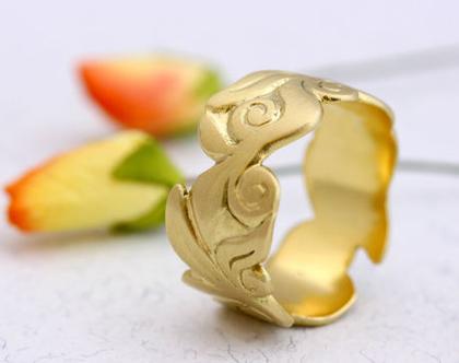 טבעת נישואין רחבה, טבעת נישואין עלים, טבעת נישואין זהב צהוב, טבעות נישואין מיוחדות, טבעת נישואין לאישה, טבעת זהב, טבעת נישואין מעוצבת