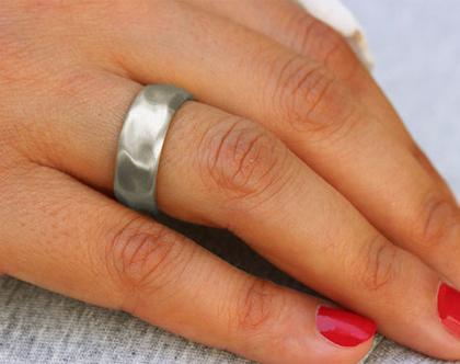 טבעת נישואין קטיפה זהב לבן 14K, טבעת נישואין רחבה, טבעת נישואין קלאסית, טבעת נישואין לגבר ולאישה, טבעת נישואין עדינה, טבעת נישואין מעוצבת