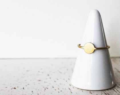 טבעת זהב 14k עם פלטה עגולה בגימור מט