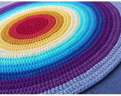 שטיח טריקו   שטיח סרוג   שטיח עבודת יד   שטיח עגול   שטיח צבעוני   שטיח בצבעי הקשת   שטיחים סרוגים