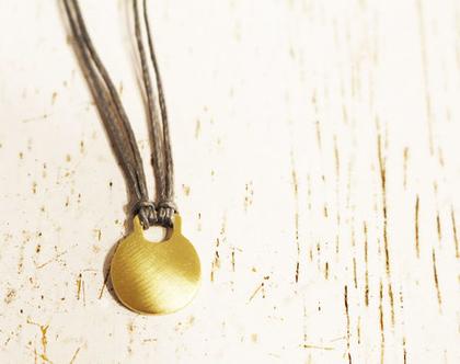 תליון זהב 14k על חוט כותנה אפור