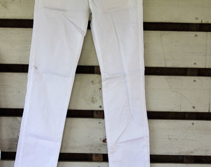 מכנס לבן נמוך / ג'ינס לבן נמוך