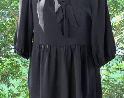 סבינה מוסייב-שמלה קלסית שחורה / טוניקה שחורה / שמלה לנשים מעוצבת