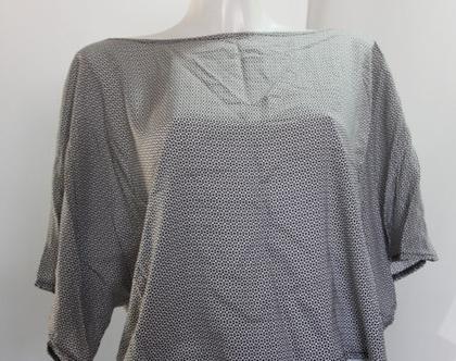 אורלי גולן-טופ נקודות שחור אפור לבן / חולצה לאישה / ORLI GOLAN
