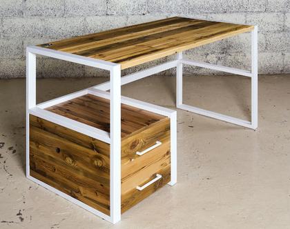 שולחן עבודה בשילוב ברזל ועץ