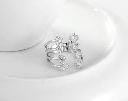 טבעת ערב כסף בשילוב קריסטלים | טבעות גדולות | טבעת | טבעת לאישה | טבעת גדולה | טבעת ערב | טבעת לכלה | אבני סברובסקי | טבעת לאירוע |