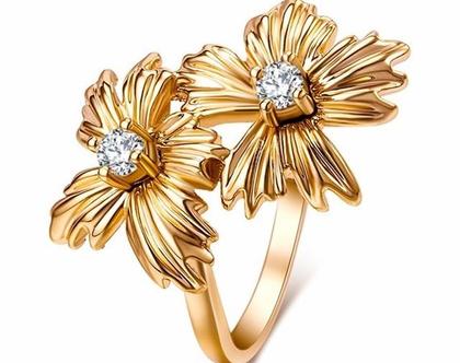 טבעת ערב זהב פרחים בשילוב קריסטלים | טבעות גדולות | טבעת | טבעת לאישה | טבעת גדולה | טבעת ערב | טבעת לכלה | אבני סברובסקי | טבעת לאירוע |