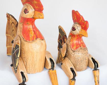 תרנגול יושב מעץ