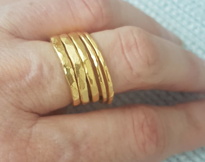 טבעת זהב דקה, טבעת דקה, טבעת עדינה, סט טבעות, טבעת זהב עדינה, טבעות דקות, טבעות עדינות, טבעת מרוקעת, טבעת דקה ועדינה