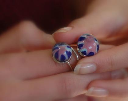 טבעת עם בלוני זכוכית ורוד כחול שקוף
