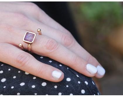 טבעת ספירל בשילוב אמטיסט בציפוי זהב, טבעת זהב, טבעת משובצת, מתנה לאישה