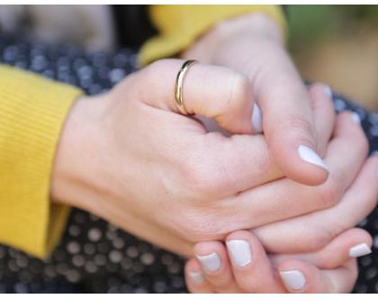 טבעת נישואין בחוט חצי עגול מזהב 14K