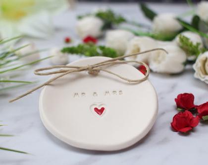 צלוחית לטבעות נישואין   מתנת אירוסין   צלוחית לטבעות חתונה WE DO   מתנה לכלה   מתנה למסיבת רווקות