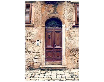 גלויה מצולמת. דלת חומה עתיקה. דלת ישנה צילום. פרינט מקורי. צילומים מקוריים. כרטיס ברכה. הדפס מקורי. הדפס דלתות עתיקות.