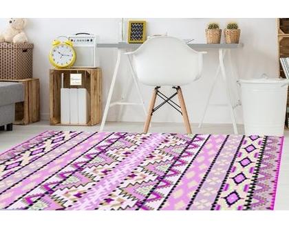 שטיח פי.וי.סי לחדר של ילדה | שטיח פיויסי ורוד | שטיח PVC ורוד