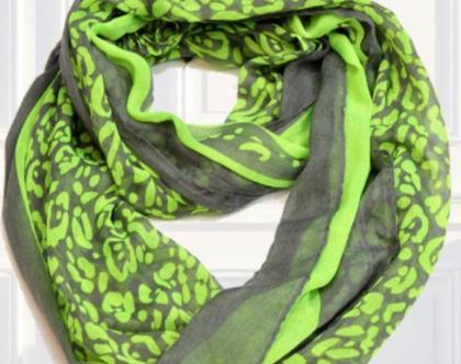 מבצע‼️ אחד! במבצע! | צעיף אינפיניטי מקסים מבד נעים ורך בצבעי ירוק זוהר ואפור בטון