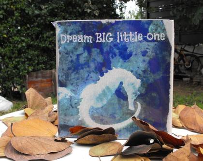לחדר הילדים, הדפסה על בלוק עץ- DREAM BIG