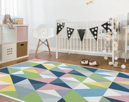 """שטיח PVC עבה במיוחד לילדים דגם- """"משולשים צבעוניים"""""""