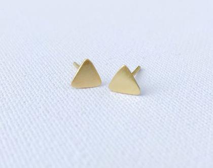 עגילים משולשים בזהב טהור   זהב 14 קראט   זוג עגילים צמודים   עגילים בעבודת יד   עגילי משולש מגניבים