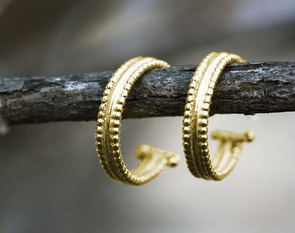 עגילי חישוק מזהב, עגילי זהב מעוצבים, עגילים עדינים לאישה, עגילי זהב לכלה, עגילים חישוק זהב צהוב, עגילי חישוק קטנים, עגילים זהב אמיתי,
