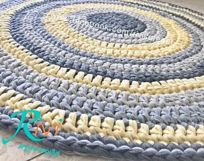 שטיחבצהוב ואפור, שטיח לחדר הילדים, סרוג בצהוב אפורים ושמנת   שטיח עגול   שטיחים  צהוב ואפור