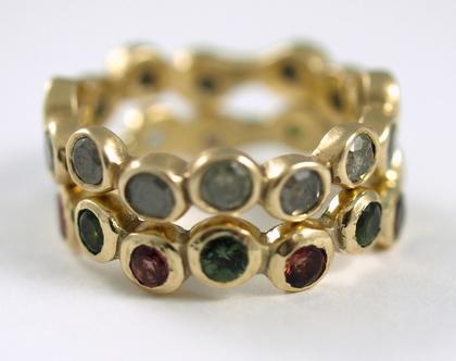 טבעת זהב 14קרט   שיבוץ יהלומים טבעיים   טבעת אירוסין   טבעות בעיצוב אישי   מעצבת תכשיטים  אורה דן תכשיטים  