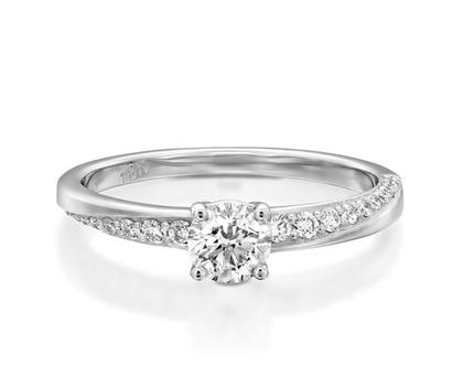טבעת אירוסין מיוחדת KAMINI