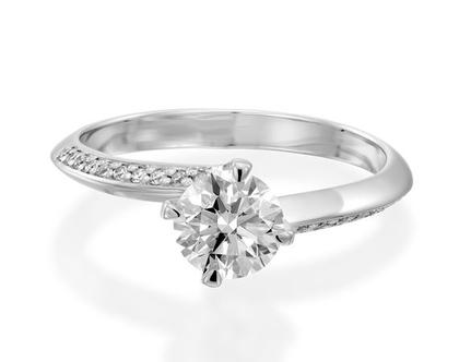 טבעת אירוסין טוויסט NITZAN