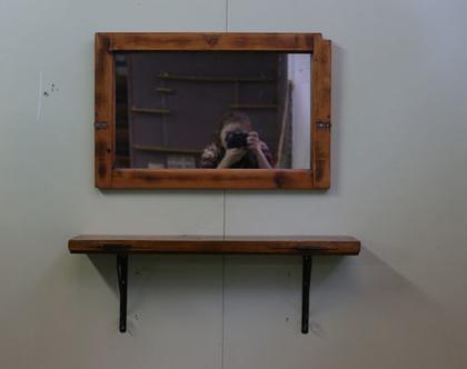 מראה מיוחדת מחלון עץ עתיק- בצבע טבעי ( עץ מיושן )