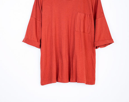 טי כיס בלבן או כתום, חולצה קצרה, טישרט אפורה, טישרט כתומה