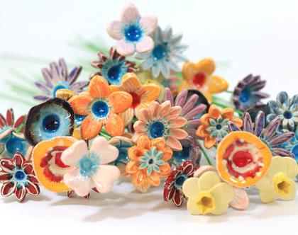 פרחים מקרמיקה | פרחים לשולחן | פרחים לאירוע | סידורי פרחים | זר פרחים | פרחי קרמיקה | עיצוב אירועים | פרחים צבעוניים | מתנה לחג
