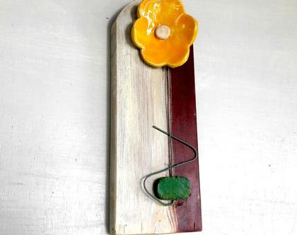 תמונה לבית | תמונה צבעונית | פרחים צבעוניים | פרחים על עץ ממוחזר |