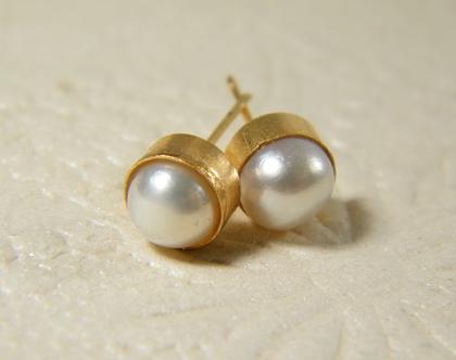 עגילי פנינה | עגילי גולדפילד צמודים | עגילי פנינים אמיתיות | עגילים לכלה | עגילים קלאסים | תכשיטים לחתונה