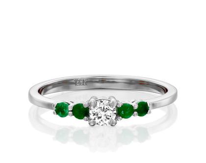 טבעת יהלום ואמרלדים,טבעת אמרלד, טבעת יהלומים, טבעת מיוחדת, טבעת יהלומים לאישה, טבעת מתנה לאישה, טבעת עדינה