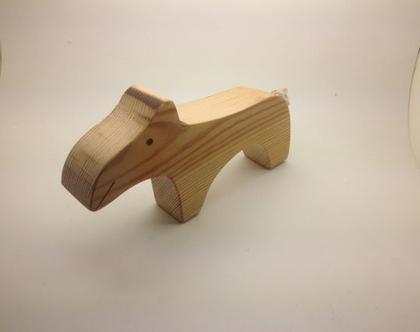 טפיר מעץ בעבודת יד תוצרת ישראל