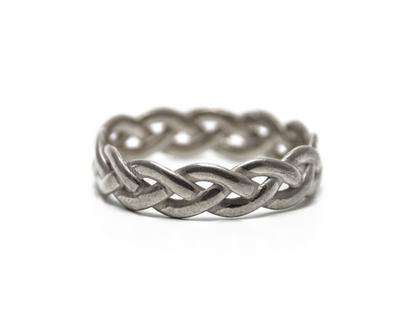 טבעת מיוחדת, טבעת קלועה, טבעת יחידה במינה, טבעת יחיד ומיוחד, טבעת נישואים