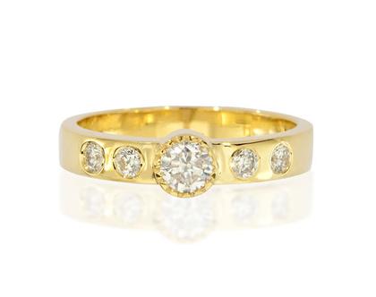טבעת יהלומים וינטג' BERTA, טבעת יהלומים, טבעת וינטג', טבעת יהלומים לאישה, טבעת מתנה לאישה, טבעת זהב ויהלומים, טבעת זהב לבן