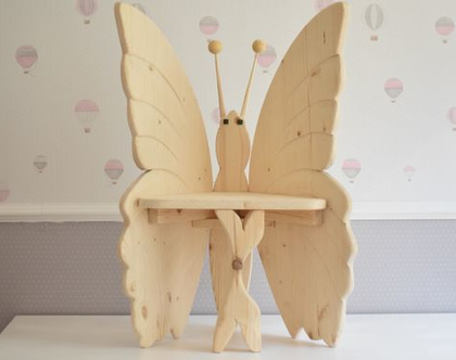 כיסא ילדים מעץ - פרפר