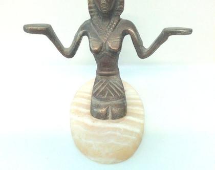 פסל ברונזה מיצרי ישן וינטג' אמיתי יצוק על סוג של אבן אמיתית
