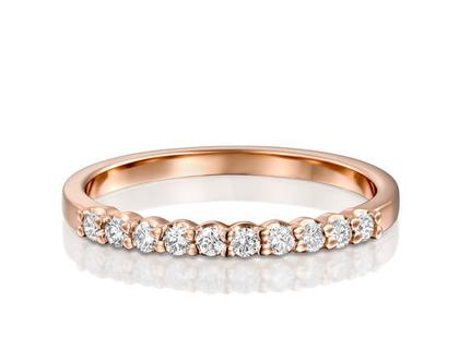 טבעת יהלומים שורה בקשת, טבעת יהלומים שורה, טבעת יהלומים לאישה, טבעת מעוצבת, טבעת זהב אדום, טבעת עדינה