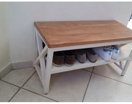 ספסל/שולחן איקס בריבוע עם מדף וצבע מעץ בוק/אלון עם איקסים בצדדים   ספסל כניסה   ספסל נעליים   ספסל עם מדף
