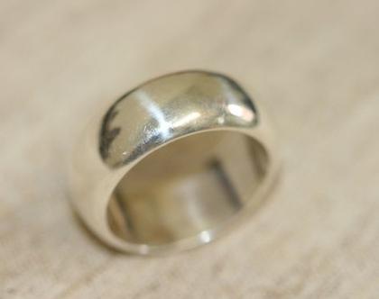 טבעת נישואין קלאסית מכסף לגבר ולאישה