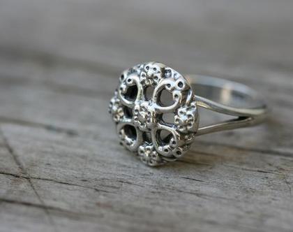 טבעת כסף עדינה בצורת פרח - טבעות כסף 925 סילבר בלי אבנים